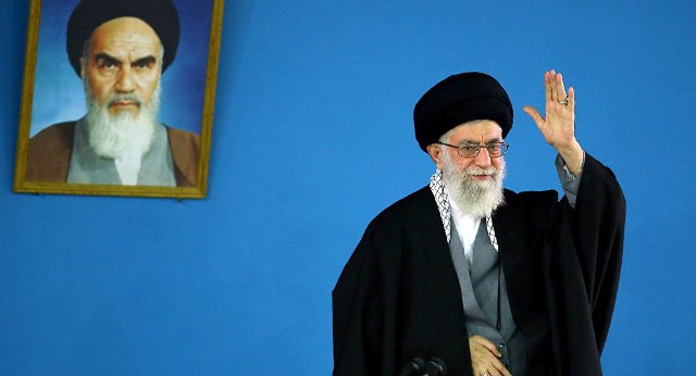 بعد حملة تبليغات.. تويتر يحذف تغريدة للمرشد الإيراني