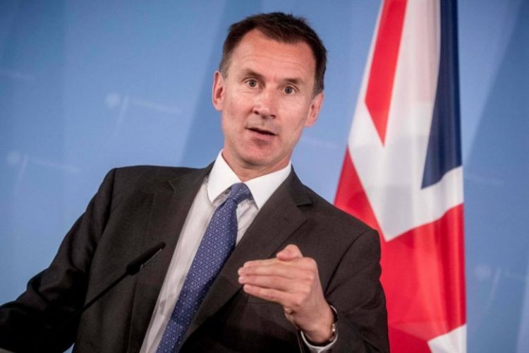 بريطانيا تحذر الحوثيين.. عمليات التحالف ستستأنف في الحديدة