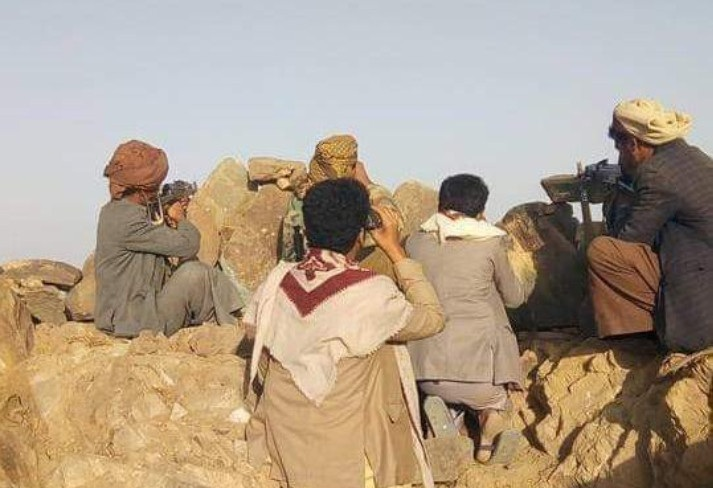 حجور تصد هجوماً جديداً للمليشيات بإسناد من مقاتلات التحالف