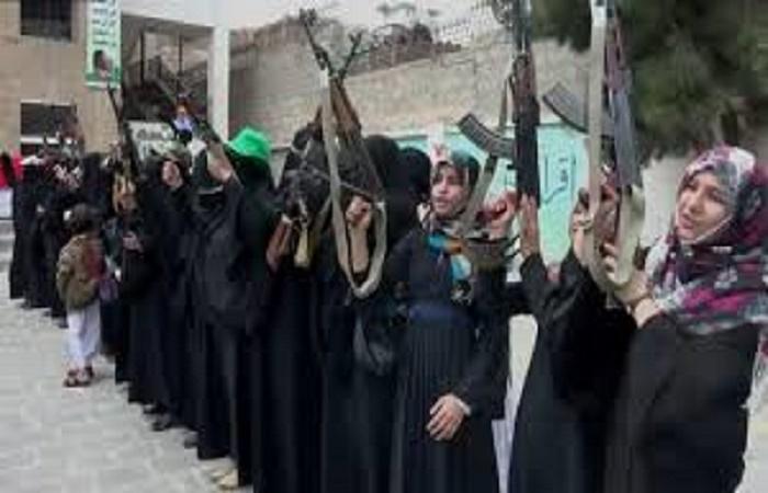 صنعاء..المليشيا تفتتح مراكز تدريب وتأهيل نسوية وتشترط حضورهن دوراتها الطائفية