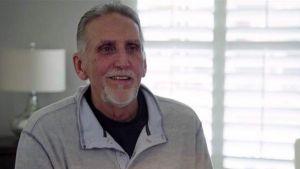 بعد سجنه لأربعة عقود.. خرج من السجن مليونيرا