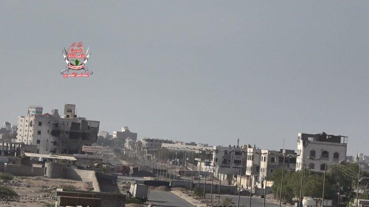 مواصلة خرق الهدنة.. مليشيا الحوثي تقصف مجمع إخوان ثابت ومواقع الجيش في الحديدة