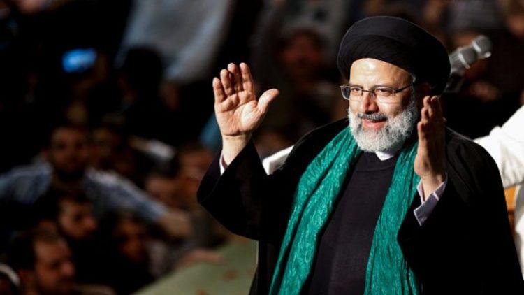 """أثار تعيينه جدلاً واسعاً في إيران.. """"إبراهيم رئيسي"""" من عضو بـ """"مجموعة الموت"""" إلى السلطة القضائية في إيران"""