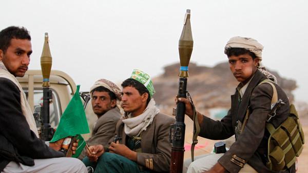 مسلح حوثي يقتل أربعة مواطنين في العاصمة صنعاء