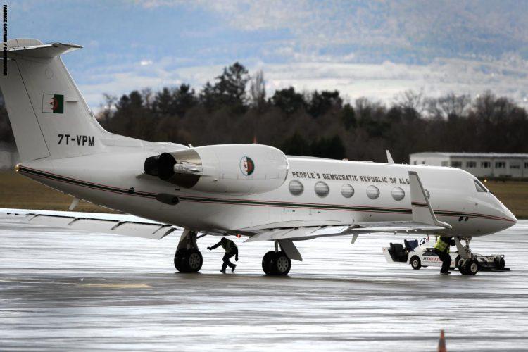توقعات بأن يكون بوتفليقة على متنها.. مقاطع مصورة تظهر مغادرة الطائرة الرئاسية الجزائرية مطار جنيف