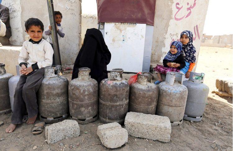 صنعاء: أسطوانة غاز تالفة تتسبب بإصابة نساء وأطفال