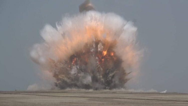 الفرق الهندسية التابعة للجيش الوطني تفجر دفعة جديدة من الألغام في الساحل الغربي