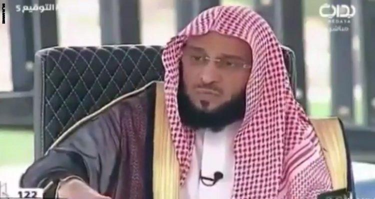 """دافع عن """"صحيح البخاري"""" مجددا.. """"القرني"""" في مواجهة وسيم يوسف"""