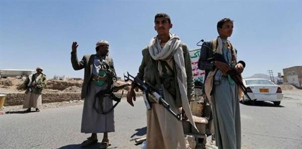 بعد رفضها عملية إعادة الإنتشار.. مليشيا الحوثي تفرض قيودا على الجنرال لوليسغارد