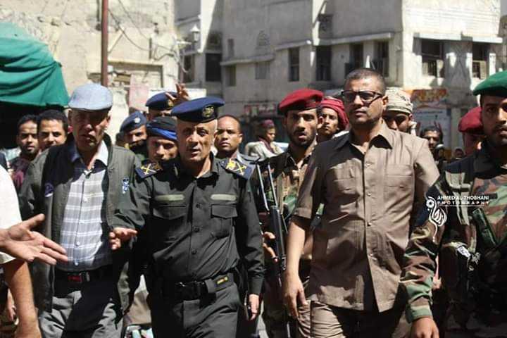 """لجنة رسمية تستلم المقر الرئيسي لمسلحي """"أبو العباس"""".. واتفاق على آلية لإنتشار الشرطة وإنهاء المسلحين"""