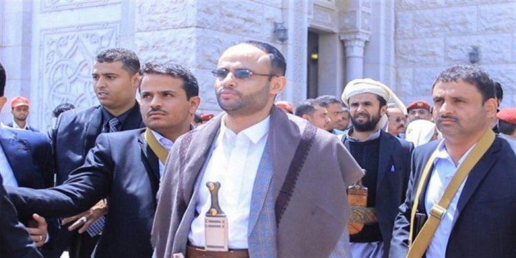 إعتبرهم خدما للإمارات.. الحوثي يهاجم الإنتقالي ويتهمه ببيع القضية الجنوبية
