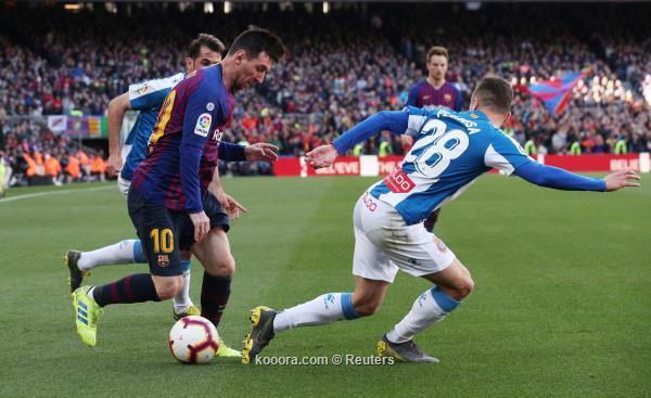 ميسي يقود برشلونة للفوز في ديربي كالونيا على اسبانيول