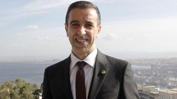 أثناء محاولته ترك البلاد.. السلطات الجزائرية توقف رجل أعمال جزائري مقرب من بوتفليقة