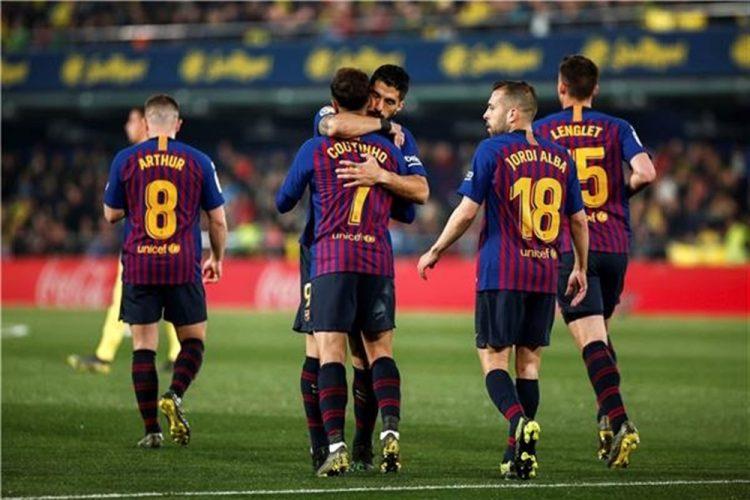 """مواصلا التحليق في صدارة """"الليغا"""".. برشلونة يتعادل مع فياريال"""