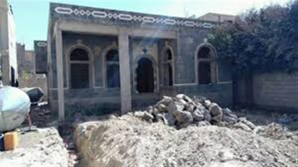 مليشيا الحوثي تقتحم للمرة الثانية مبنى إتحاد الأدباء والكتاب في ذمار وتستولي عليه
