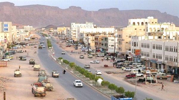 شبوة: مصدر يطالب الرئيس هادي التدخل لوقف عبث الامارات في المحافظة