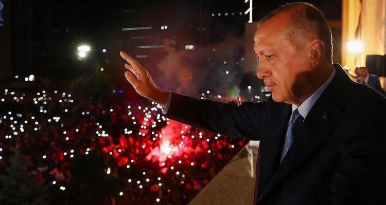 """أردوغان يعلن فوز حزبه """"العدالة والتنمية"""" بـ 56% في الانتخابات البلدية التركية"""