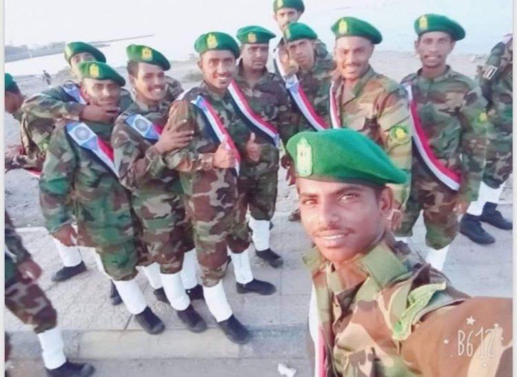 في ظل التحشيد العسكري القائم.. ناشط جنوبي يحذر: سقطرى تتجه نحو المجهول!