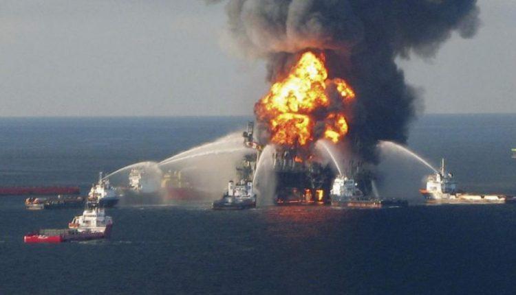 نُفذ الهجوم بواسطة مركبات مسيرة تحت الماء.. تقرير نرويجي يكشف الجهة والطريقة التي نفذت بها تفجيرات ميناء الفجيرة