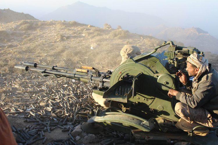 صعدة.. مصدر عسكري يؤكد تكبد مليشيات الحوثي عشرات القتلى والجرحى في مواجهات مع الجيش الوطني