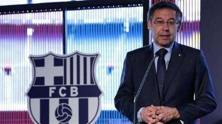 بسبب تفاوضه مع مهاجم أتلتيكو مدريد.. نادي برشلونة يواجه عقوبة مغلظة من الإتحاد الدولي لكرة القدم