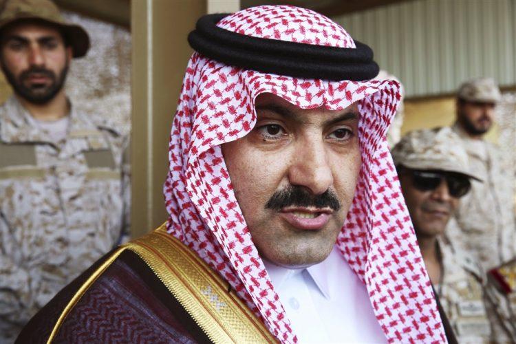 السفير السعودي لدى اليمن ينتقد زعيم مليشيا الحوثي ويسخر منه