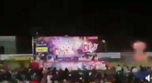 عاجل.. شاهد اول فيديو لحظة القاء وانفجار قنبلة يدوية في حفل فني لماريا قحطان بعدن