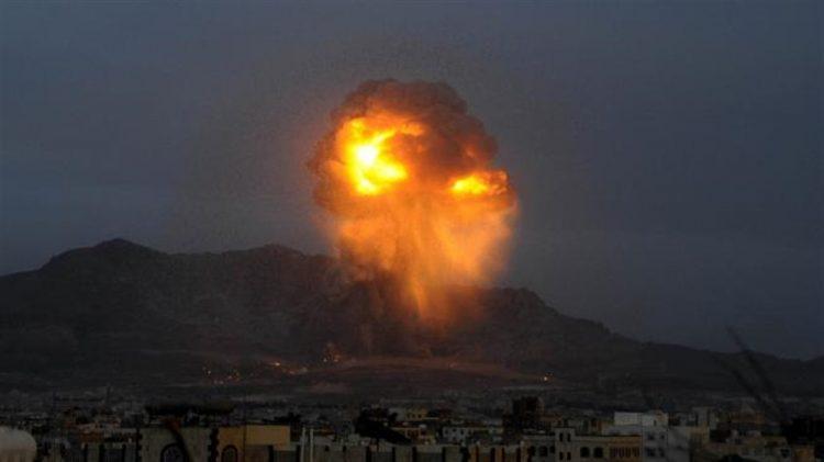 التحالف العربي يعلن استهداف مخزن أسلحة لمليشيا الحوثي وتدمير أهداف عسكرية
