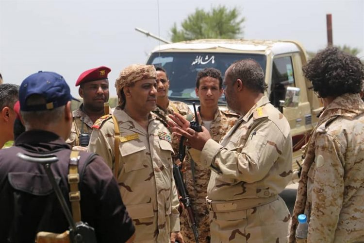 قوات الجيش الوطني تتقدم شرق مدينة تعز ومصرع 12 حوثيا خلال المواجهات