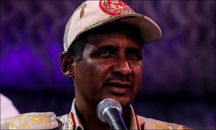 ضابط إماراتي يكشف تفاصيل تقرير نائب رئيس المجلس العسكريبالسودان المرسل لابن زايد