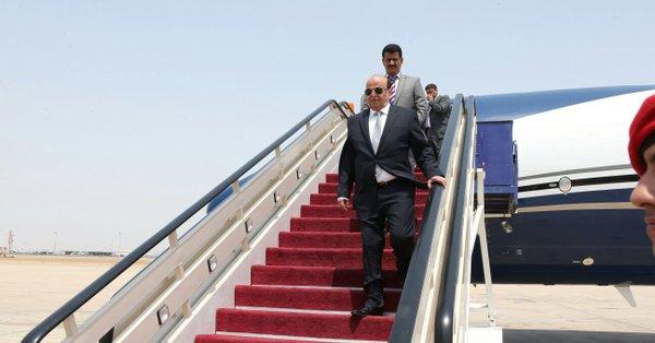 عاجل.. مصدر يكشف معلومات جديدة .. لهذه الأسباب عاد الرئيس هادي إلى الرياض بدلاً من عدن