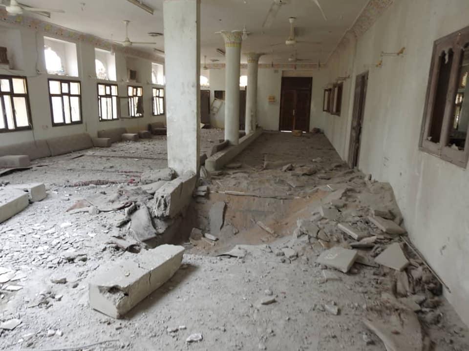 """عاجل.. مليشيات الحوثي تستهدف منزل محافظ مأرب """"سلطان العرادة"""" بصاروخ باليستي – صور"""