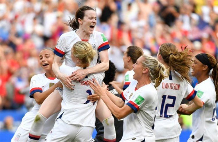 سيدات أمريكا يتوجن بكأس العالم لكرة القدم للمرة الرابعة