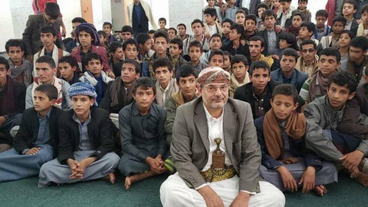 اتهامات حكومية لمنظمة دولية بدعم وتمويل المراكز الصيفية الطائفية التابعة لمليشيا الحوثي
