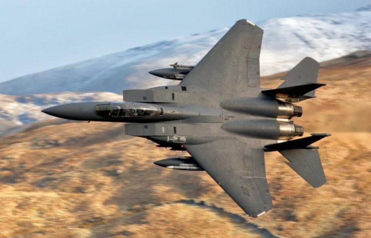 طيار أمريكي يُجيب.. ما النتائج المترتبة على دخول الصين والولايات المتحدة في حرب جوية؟