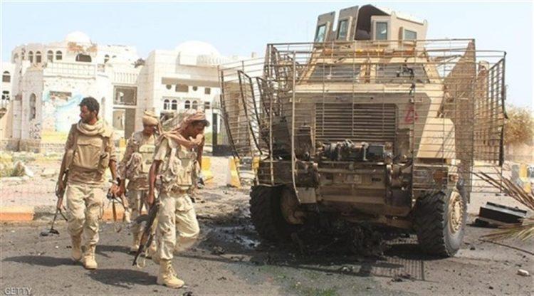 مقتل 5 أفراد من الحزام الأمني المدعوم إماراتيا بهجوم مسلح لعناصر يعتقد انتماؤهم للقاعدة في أبين