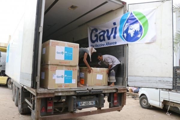 منظمة أممية تعلن وصول نصف مليون جرعة من لقاحات الكوليرا إلى عدن