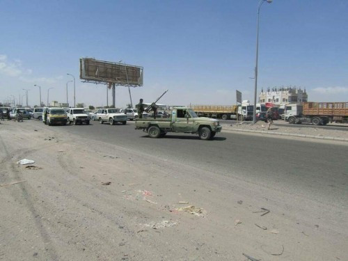 """تقدر بـ""""20″ مليون.. مسلحون مجهولون ينهبون مرتبات مكتب اتصالات محافظة لحج"""