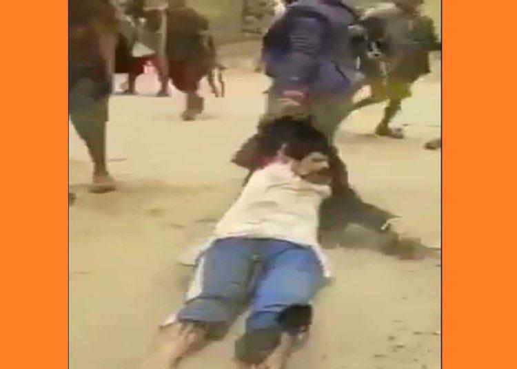 هكذا ينكل الحوثيون بأتباعهم فكيف بمعارضيهم؟؟!!