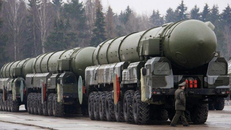 """وزارة الدفاع الروسية تعلن نجاح إطلاق صاروخ """"توبول"""" العابر للقارات"""