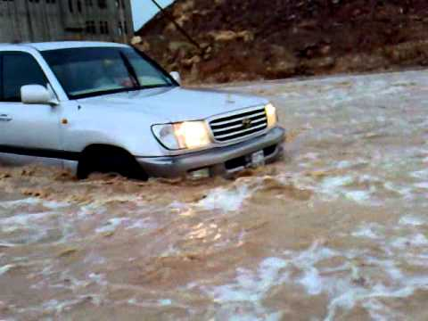 شبوة.. وفاة شاب وفقدان آخر جرّاء الأمطار والسيول التي شهدتها المحافظة
