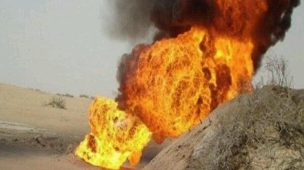 """مأرب .. إندلاع حريق في بئري نفط بحقول """"صافر"""" بسبب تعرضهما لإطلاق نار"""