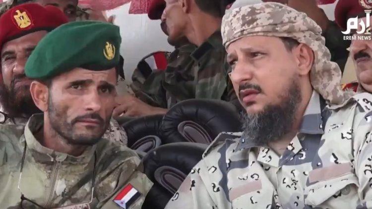 """فيديو كامل وواضح يظهر اللحظات الاخيرة لـ""""أبو اليمامة"""" اثناء القصف الذي تعرض له معسكر الجلاء في عدن"""