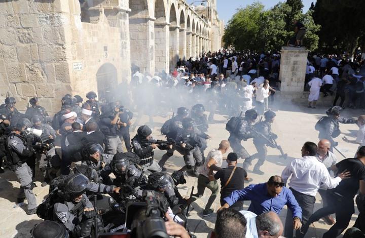 نتيجة لإعتداءات الاحتلال الصهيوني.. الأقصى على صفيح ساخن