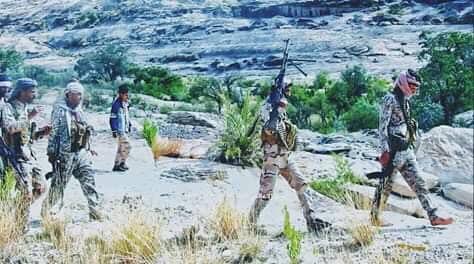 قوات الجيش الوطني تحرر مواقع جديدة وتستهدف تعزيزات للمليشيا في صعدة