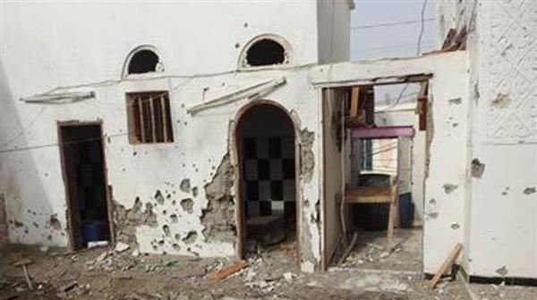 مليشيا الحوثي تشن قصف مدفعي عنيف على مدينة حيس جنوب الحديدة