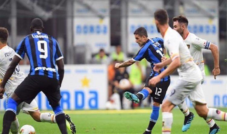 إنتر ميلان يفتتح الموسم بفوز عريض على ليتشي في دوري الدرجة الأولى الإيطالي