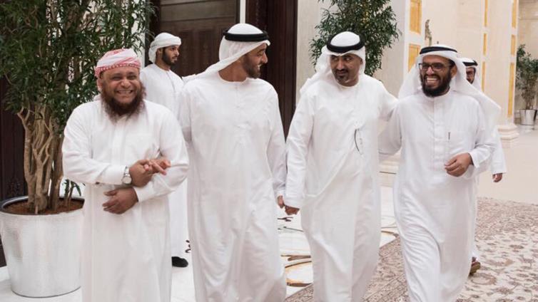 القضية الغائبة … ومشروع استعادة دولة الجنوب في دهاليز فنادق ابوظبي وشاليهات دبي