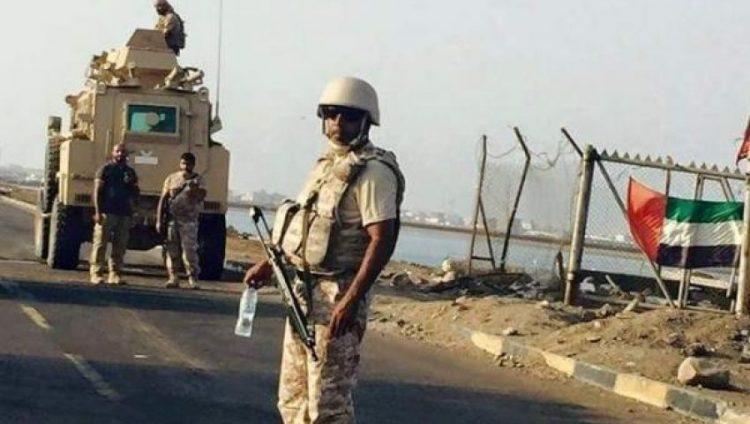 صحفي يمني.. الحكومة الشرعية تواجه في عدن الجيش الاماراتي بجميع قطاعاته