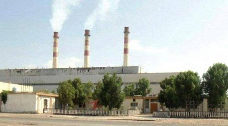 احتمالات بخروج كامل عن الخدمة.. كميات الوقود في محطات كهرباء عدن توشك على النفاذ